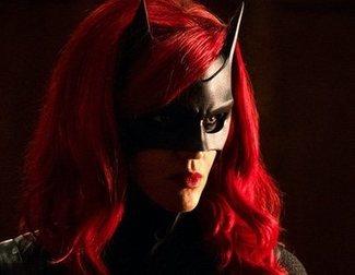 'Batwoman' ficha a Javicia Leslie como nueva protagonista de la serie