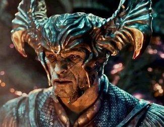 Zack Snyder revela el nuevo diseño de Steppenwolf