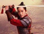 'Mulan' presume de escena de lucha tratando de rescatar al emperador en este clip exclusivo