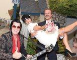 David Harbour y Lily Allen se casan en Las Vegas en una ceremonia oficiada por Elvis