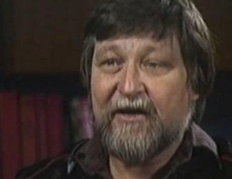 Muere Ron Cobb, diseñador del DeLorean y germen de 'E.T.'