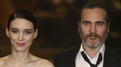 Joaquin Phoenix y Rooney Mara ya son padres, y han elegido el nombre perfecto para su hijo