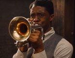 'La madre del blues': Viola Davis enseña cómo Chadwick Boseman tocaba la guitarra durante el rodaje