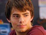 Jonathan Bennett ('Chicas malas') desvela que acabó enfermo por el acoso que sufría en el instituto por ser gay