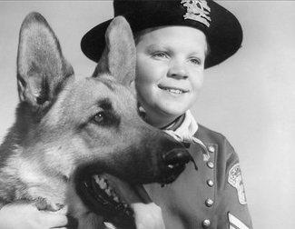 """Muere Lee Aaker a los 77 años: El niño de 'Rin Tin Tin' apareció listado como """"indigente fallecido"""""""
