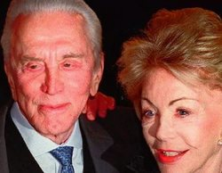 Muere a los 102 años Anne Douglas, productora y viuda de Kirk Douglas