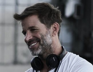 """Zack Snyder vuelve a cargar contra Warner Bros.: """"Me siguieron torturando"""""""