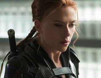 Un hombre rompe con su novia tras decirle que no le convencía 'Black Widow'