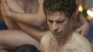 El reparto de 'Donde caben dos' nos desvela sus experiencias sexuales (en el cine)