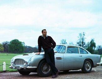 """Cary Fukunaga cree que James Bond era """"básicamente un violador"""" en sus inicios"""