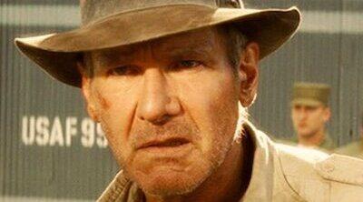 Harrison Ford, Phoebe Waller-Bridge y Antonio Banderas, en acción rodando 'Indiana Jones 5'