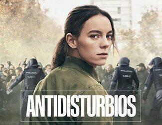 'El Ministerio del Tiempo' y 'Antidisturbios' arrasan en los Premios Iris
