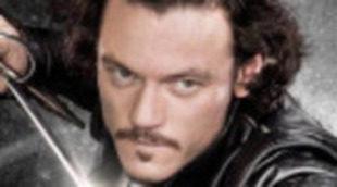 Luke Evans en el primer póster individual de 'Los tres Mosqueteros'
