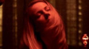 Dos nuevas imágenes de Cillian Murphy y Elizabeth Olsen en 'Luces rojas'