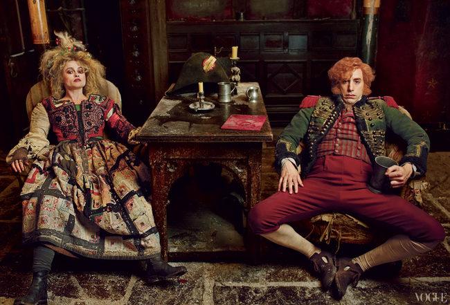 Helena Bonham Carter y Sacha Baron Cohen como el malvado matrimonio Thénardier