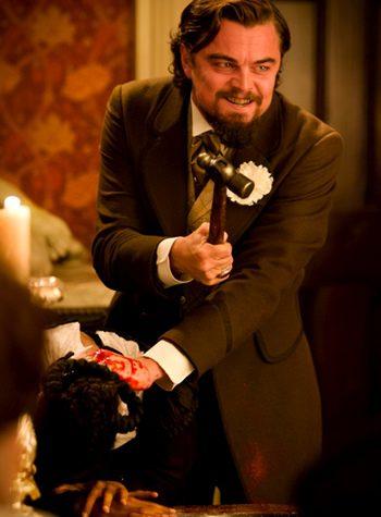 Leonardo DiCaprio enloquecido en una escena de 'Django Desencadenado'