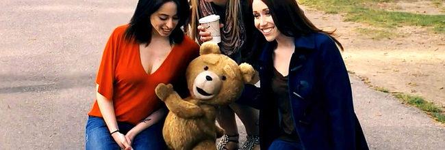 Ted haciendo de las suyas