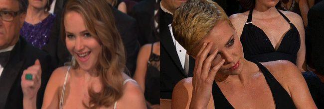 Jennifer Lawrence y Charlize Theron en el sketch