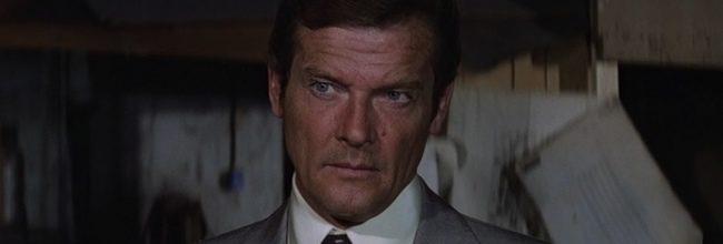 Roger Moore en La espía que me amó