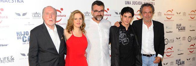 Reparto de 'Hijo de Caín' en el estreno de la película en Madrid