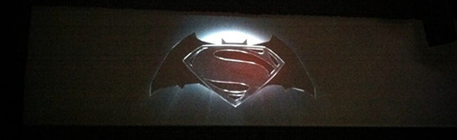 David Goyer revela que la película de Batman y Superman podría llamarse: 'Batman vs. Superman'