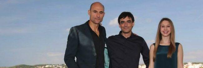 Mark Strong, Jorge Dorado y Taissa Farmiga en Sitges