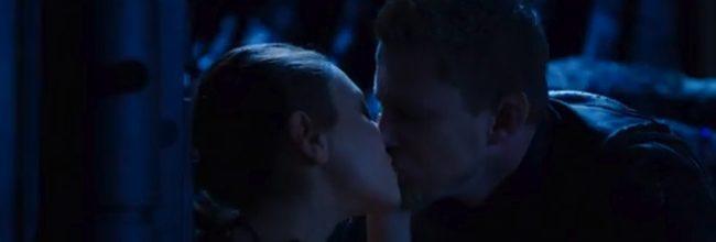 'Jupiter Ascending' con el beso entre Mila Kunis y Channing Tatum