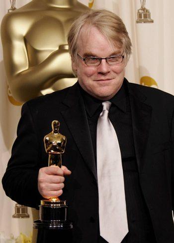 Philip Seymour Hoffman con su Oscar