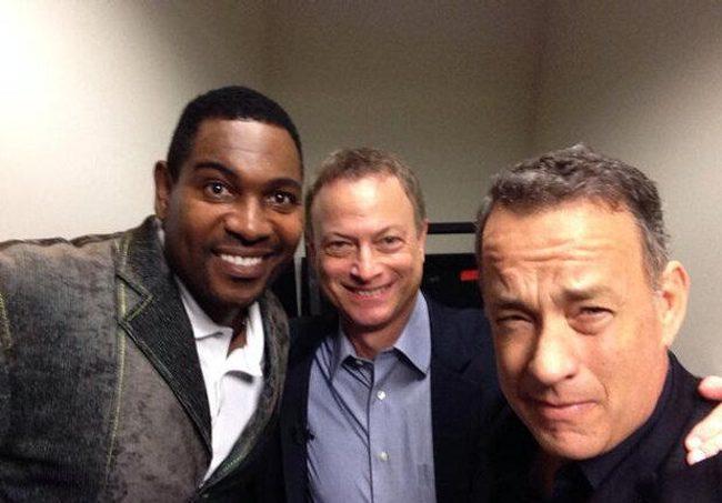 Mykelti Williamson y Gary Sinise con Tom Hanks