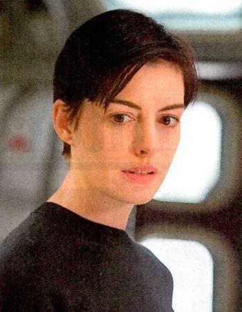 Anne Hathaway y Matthew McConaughey, protagonistas de las nuevas imágenes de 'Interstellar'