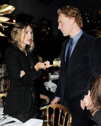 Elizabeth Olsen - Tom Hiddleston