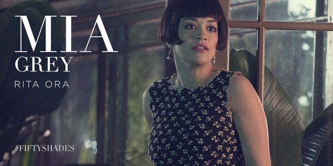 Rita Ora como Mia Grey
