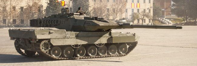 Una mañana entre tanques con 'Corazones de acero'