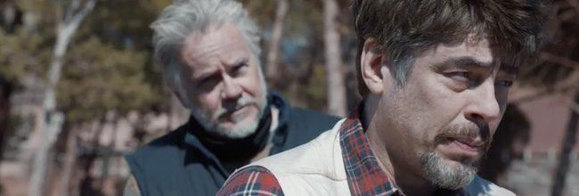 Tim Robbins y Benicio del Toro en 'Un día perfecto'