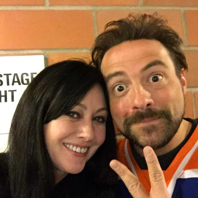Shannen Doherty y Kevin Smith