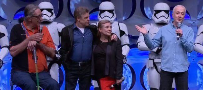 Peter Mayhew, Mark Hamill, Carrie Fisher y Anthony Daniels en la Star Wars Celebration
