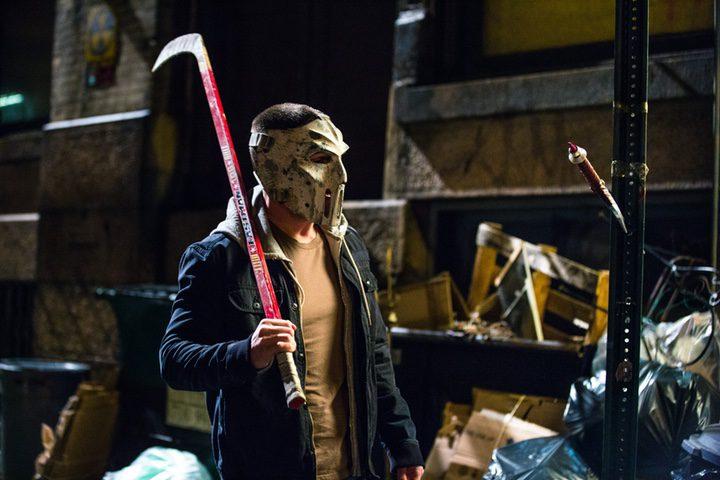 Stephen Amell como Casey Jones en 'Ninja Turtles 2'