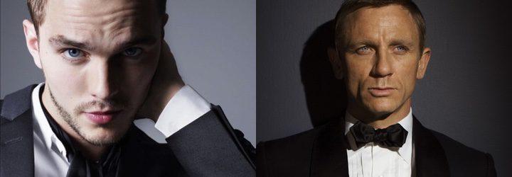 Nicholas Hoult y Daniel Craig como James Bond