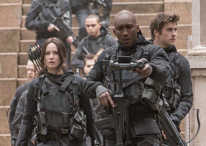 Katniss Everdeen, Boggs y Gale de 'Los juegos del hambre: Sinsajo - Parte 2'