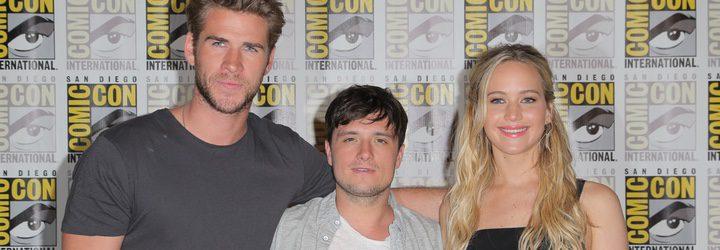 Liam Hemsworth, Josh Hutcherson y Jennifer Lawrence en la Comic-Con 2015