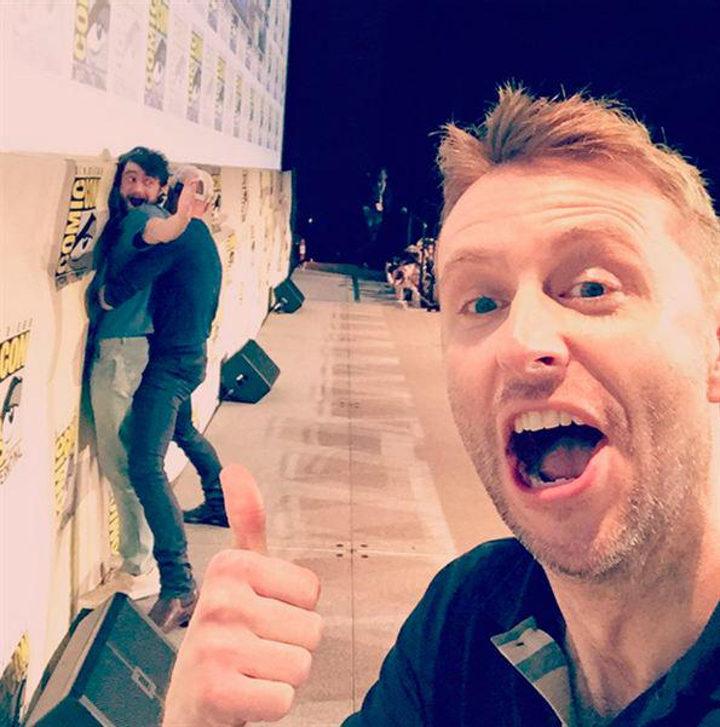 Daniel Radcliffe bromeando en la Comic-Con 2015