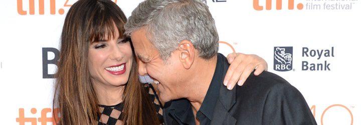 Sandra Bullock y George Clooney en la presentación de 'Our Brand Is Crisis' en el Festival de Toronto