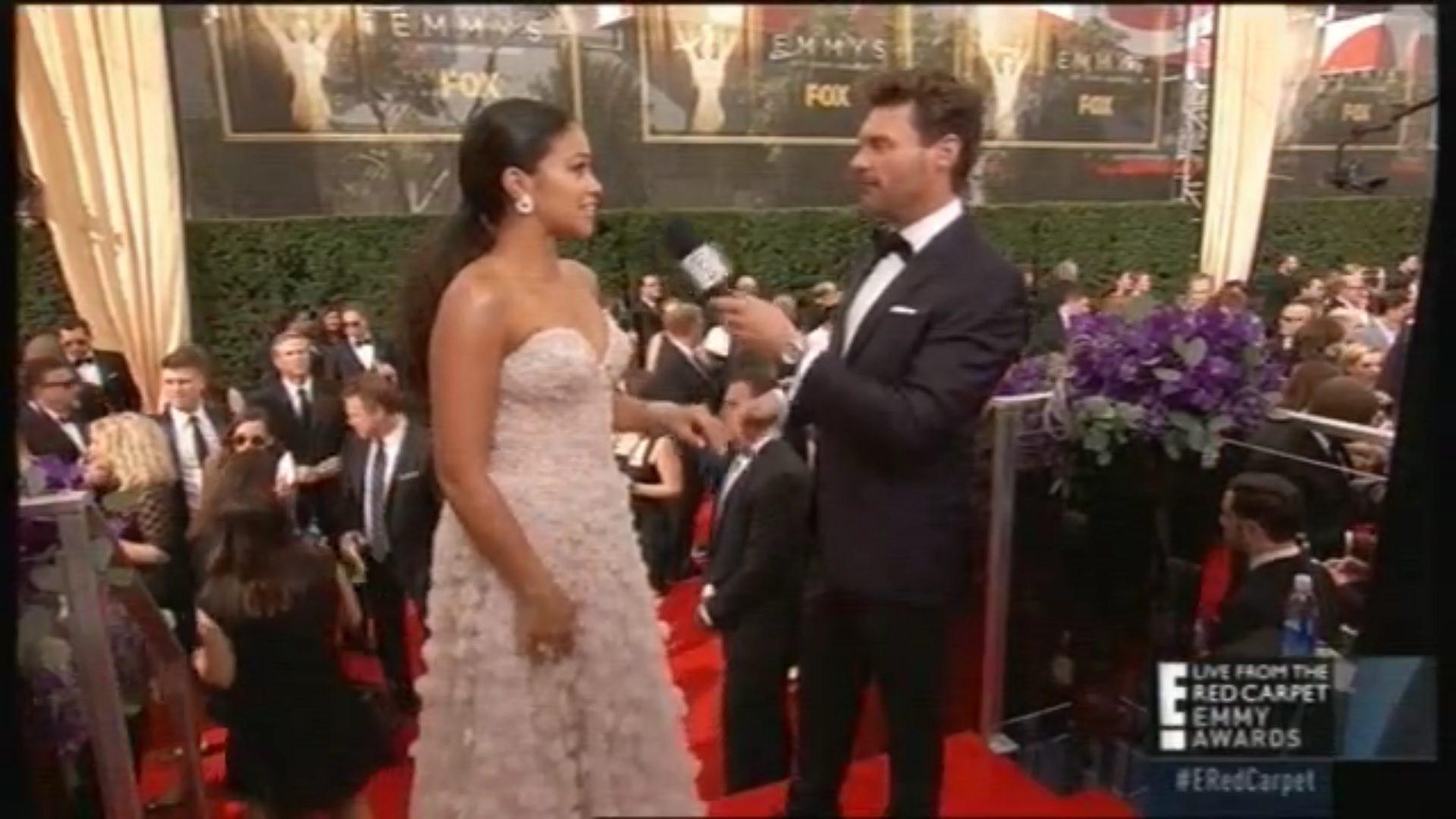 Gina Rodriguez en los Emmy 2015