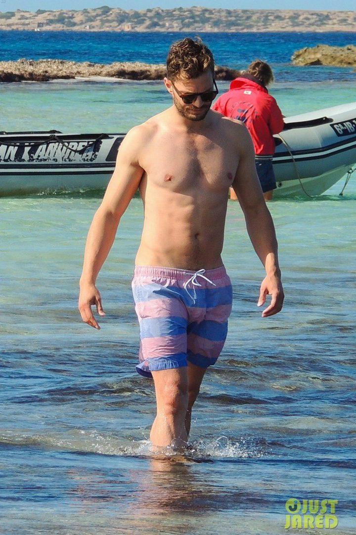Jamie Dornan en las playas de Ibiza
