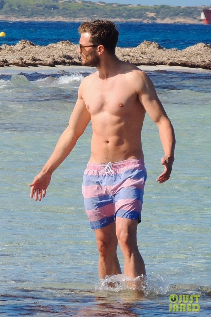 Jamie Dornar de vacaciones en España