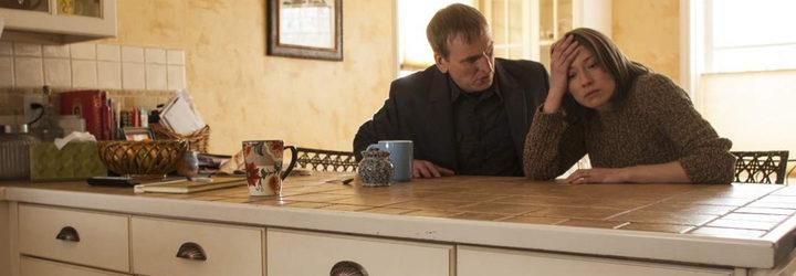 Christopher Eccleston y Carrie Coon en 'The Leftovers'