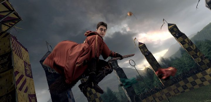 Harry Potter en un partido de Quidditch