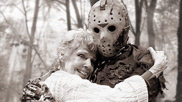 Jason, de 'Viernes 13', con su madre ficticia