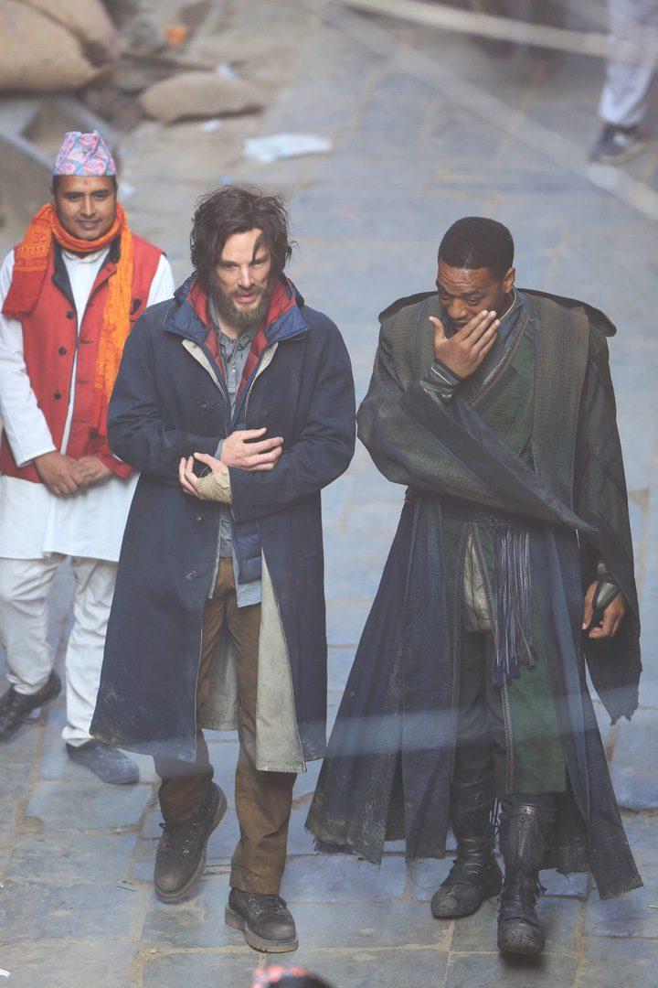 Benedict Cumberbatch y Chiweter Ejiofor rodaje 'Doctor Extraño'