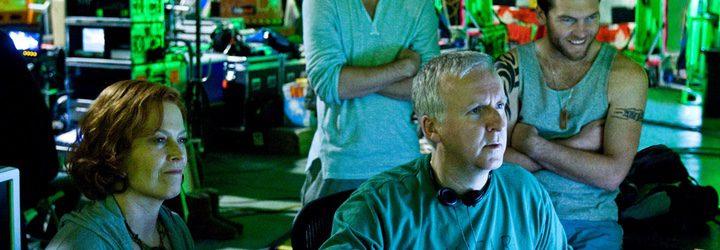 James Cameron en contacto con los actores protagonistas de la primera entrega